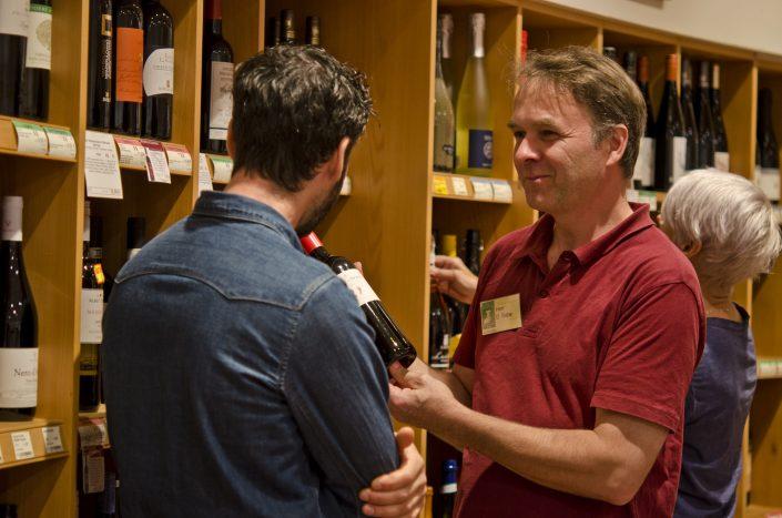 Kundenberatung-Dietrich-Wein.jpg